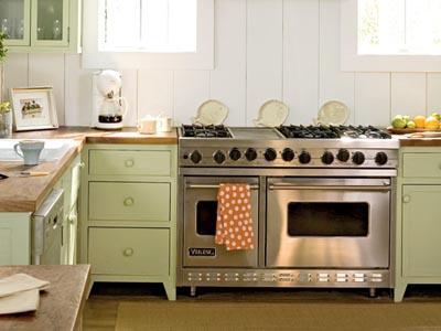 Cottage Kitchen With Board And Batten Walls K8f2c32c519db6bc4833613dfc0b76b
